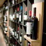 Etats-Unis: les taxes douanières inquiètent les viticulteurs français