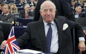 Godfrey William Bloom  fut député européen, représentant la région du Yorkshire and Humber, élu aux élections de 2004 à 2014.