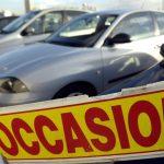 France: Les consommateurs privilégient de plus en plus des autos d'occasion.