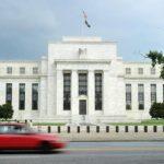 Brexit: trop tôt pour dire que «le danger est passé», selon la Fed