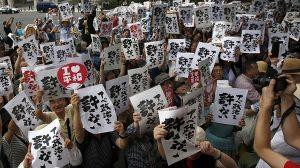 manifestants-japonais
