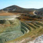Les réserves d'or mondiales des minières en baisse