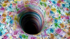 dette-grecque-puits-sans-fond