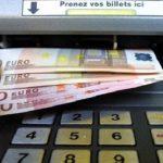 """Le paiement en espèces limité à 1.000 euros est une mesure """" inadmissible """" selon Serge Maître, président de l'Association française des usagers des banques"""