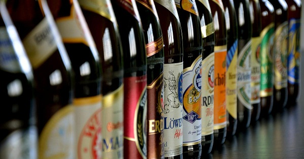 Alcoolisme: faut-il surtaxer les bières très alcoolisées ?