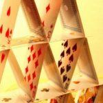 Va-t-on vers l'effondrement de ce château de cartes mondial ?