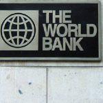 """La Banque mondiale abaisse ses prévisions de croissance sur le globe face à """"l'incertitude"""" Trump"""