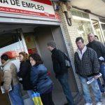 En Espagne, on plie les parasols: hausse de plus de 22.800 chômeurs en septembre