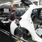 Automobile: la production française se réduit