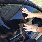 Automobile: vers la fin des vitres teintées, près de 2 000 emplois menacés