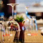USA: Les mesures de distanciation sociales dans les restaurants et bars sont tout l'inverse de ce qu'attendent les gens