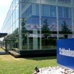 Pétrole: Schlumberger supprimera encore des emplois