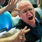 Warning: «Les hauts dirigeants vendent des actions en masse, parce que leur cours dépasse celui de leur pic boursier précédents»