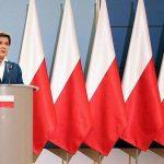La Pologne retire le drapeau européen