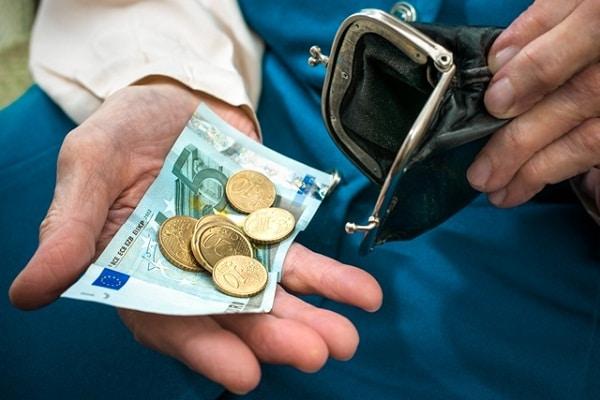 """Jean-Pierre Chevallier: """"Mais au fait… qu'est-ce que la monnaie ?"""" Partie 1/2"""