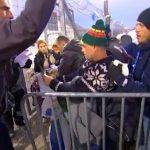 Grèce: malgré le froid, les réfugiés arrivent toujours par milliers en Europe