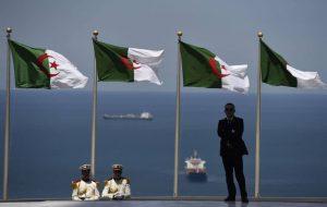 Algérie drapeaux