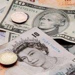 Menace de Brexit: La livre britannique au plus bas en sept ans face au dollar