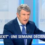 """Philippe De Villiers: """"les hommes politiques français ont du sang sur les mains !"""""""
