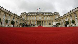 le-palais-de-l-elysee-lors-de-la-passation-de-pouvoirs-de-2007