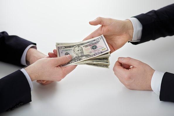 Simone Wapler: Faire de l'argent avec de l'argent est-il productif ?