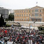 La Grèce doit voter pour une nouvelle réforme des retraites… qualifiée de «pillage» par les syndicats.