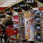 Etats-Unis: l'inflation annuelle ralentit en juillet à 0,8% (PCE)