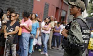 venezuela-queue