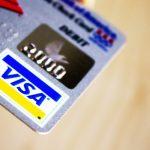 La guerre contre le cash s'intensifie: Visa offre 10.000 $ aux commerçants qui refusent l'argent liquide