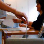 Le revenu de base inconditionnel rejeté par 76,9% des Suisses
