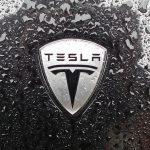 Tesla creuse sa perte au deuxième trimestre