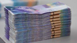 1000-francs-suisse-liasse