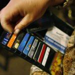 USA: L'encours total des crédits à la consommation dépasse les 4000 milliards $ tandis que la dette sur les cartes de crédit atteint un nouveau sommet historique