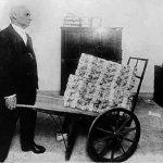 Charles Sannat: «Toi besoin brouette pour acheter baguette»