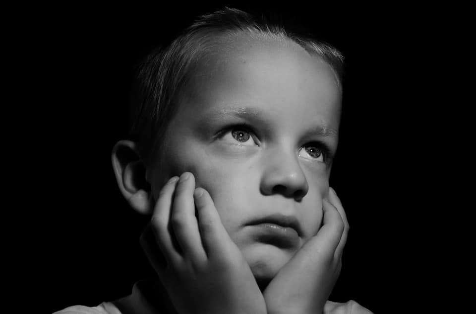 62 % des enfants entre 8 et 14 ans craignent de devenir pauvres un jour