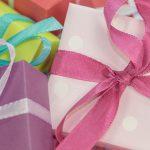 Noël: Les américains ont dépensé environ 422$ par enfant alors que 62% d'entre eux n'ont même pas 1000$ d'épargne
