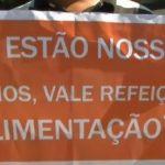 Le Brésil au bord de la faillite: A Rio, les fonctionnaires impayés font la queue pour un repas