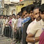 """L'Inde songe à taxer les dépôts """"non comptabilisés"""" et à restreindre la détention d'or"""