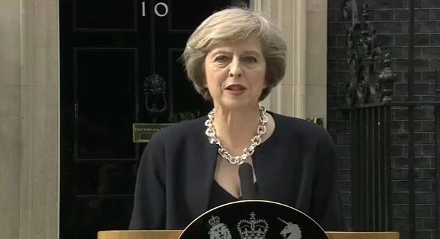 Royaume-uni: Theresa May, veut contraindre les médecins à travailler 7 jours sur 7 de 8h à 20h.