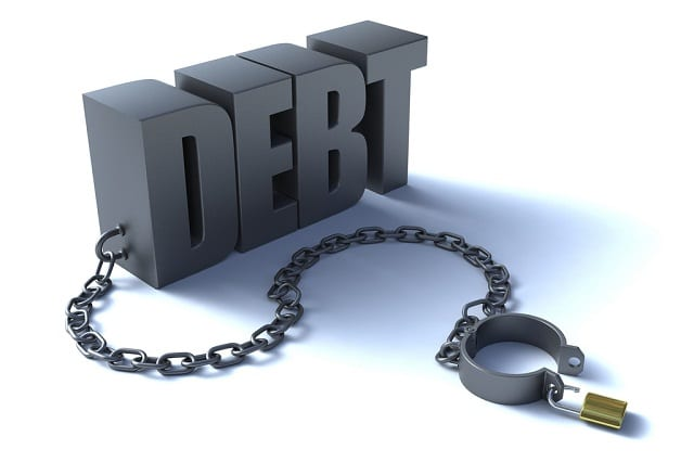 En Occident, le niveau de vie des gens ordinaires a été maintenu grâce à l'accroissement de la dette personnelle et aux déficits toujours plus importants des gouvernements.