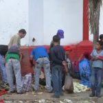 Les Vénézuéliens déambulent tels des zombies. A croire qu'ils vont se bouffer entre eux.