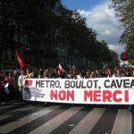 Charles Sannat: « Chaud devant ! Faites le… plein, conflit social droit devant !! »