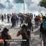 Des scènes de guérilla urbaine à Caracas et dans d'autres villes du Venezuela.