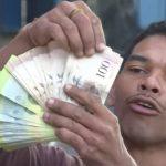 Apocalypse financière au Venezuela ! 1 dollar s'échange désormais contre plus de 2,3 millions de bolivars au marché noir