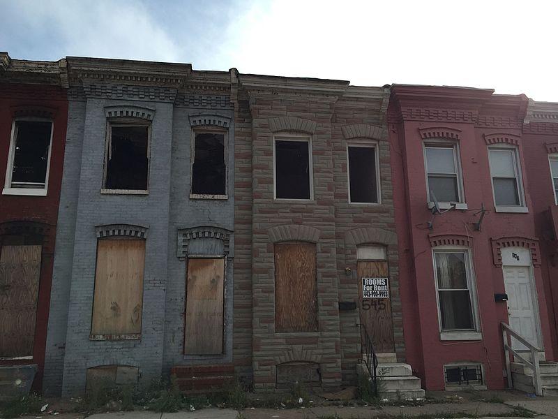 USA: A Baltimore, on se croirait en zone de guerre. Cette ville est rongée tel un cancer par une épidémie d