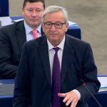 """Règlement de comptes à Bruxelles: Juncker juge le parlement européen """"ridicule"""""""