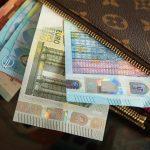 Comme plus rien ne rapporte en banque, les français laissent leur argent dormir sur leurs comptes courants