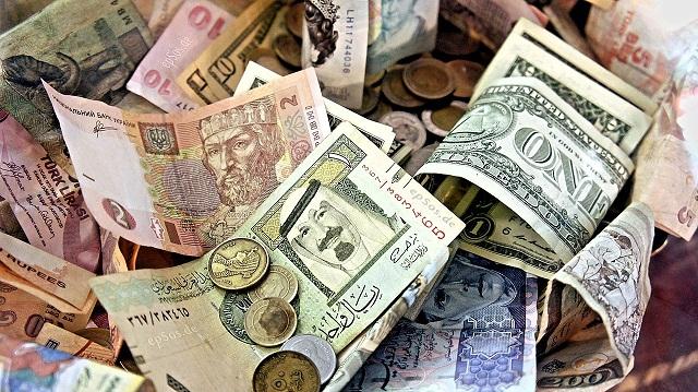 Les marchés financiers shootés à la cocaïne monétaire des banques centrales continuent leur course effrénée.