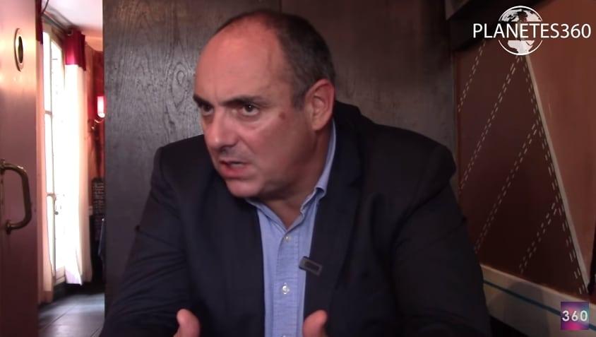 """Olivier Delamarche: """"Aujourd'hui, on voit bien que l'Europe tient par des bouts de ficelle"""""""