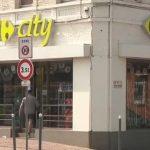 Carrefour: 227 magasins et 2 100 emplois menacés